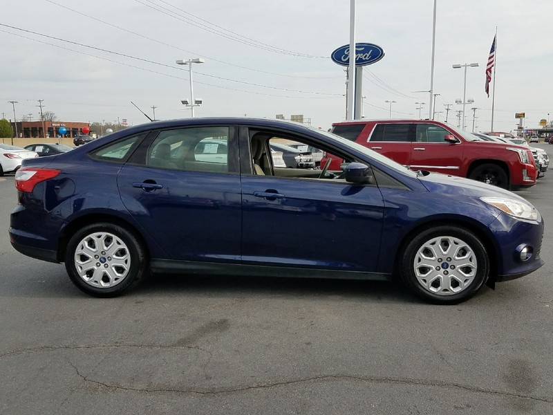 pre-owned 2012 ford focus se 4 door sedan in benton #cl156784